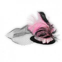 Šeširić s tilom i perjem - ukras za kosu